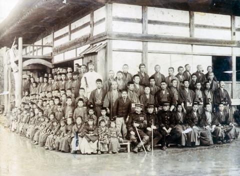 大利寺での地区民の集会